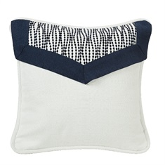 Kavali Pillow